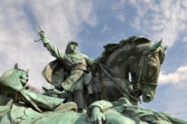 Civil war soldier statue © bbourdages - Fotolia.com