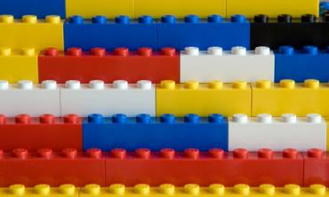 Stack-of-Lego-Blocks-009