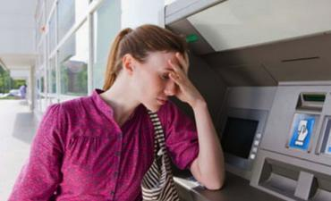 http://www.cashy.me/en/articles/post/2013/08/27/bank-fails-on-customer-service/1250/?cct=67&ccid=1250