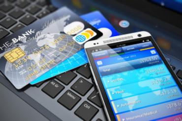 mobile banking and finance © Oleksiy Mark - Fotolia.com
