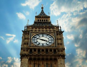 g-cloud-big-ben-government-westminster-crop