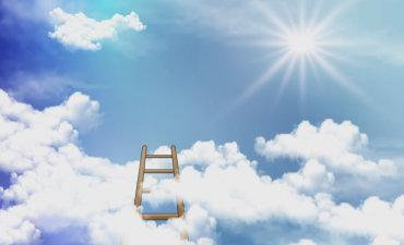 Steps into blue sky with clouds, sun © kraft2727 - Fotolia.com