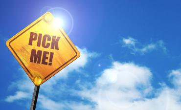 Pick me! traffic sign cloud blue sky © Argus - Fotolia.com