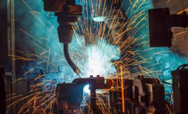 Welding in manufacturing with sparks © wi6995 - Fotolia.com