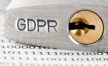 GDPR etched on base of padlock, data protection © EtiAmmos - Fotolia.com