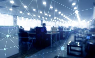 Blockchain network on blurred office background © Funtap - shutterstock