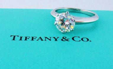 tiffanys-engagement-rings-6-prong-solitaire