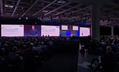 Larry Ellison speaking at Oracle OpenWorld 2019