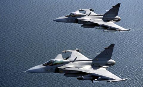 Saab-Gripen-Fighter-Jet-Wallpaper-2975b6d