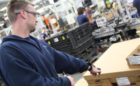 Plex manufacturing customer Fisher Dynamics using Google Glass on shop floor