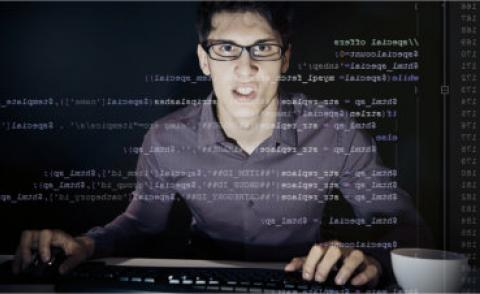Frustrated young programmer © nullplus - Fotolia.com