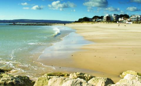 Image of a beach in Poole