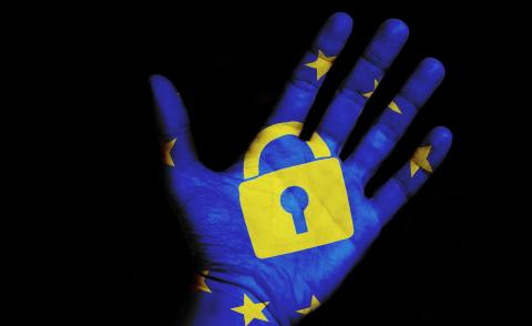 Image of a lock and the EU flag