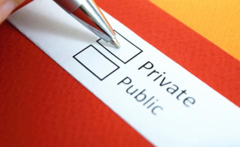 Pen hovers over staying private vs going public © Yeexin Richelle - shutterstock