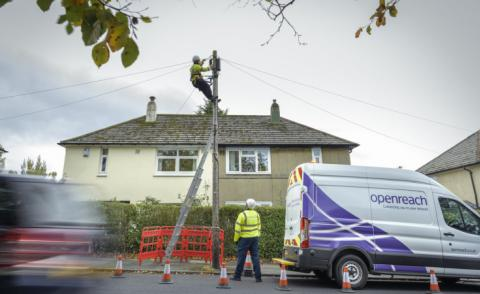 Openreach engineers at work 740px